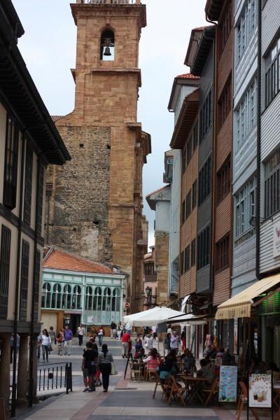 Paseando por las calles de Oviedo