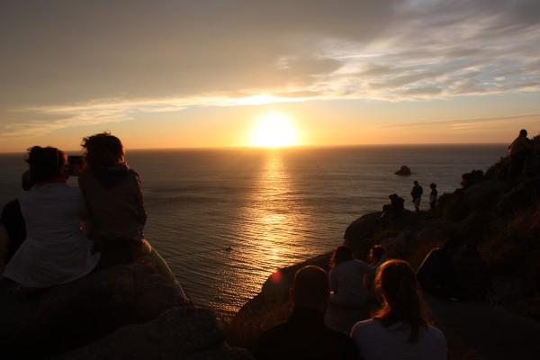 Puesta de sol desde el faro de Finisterre