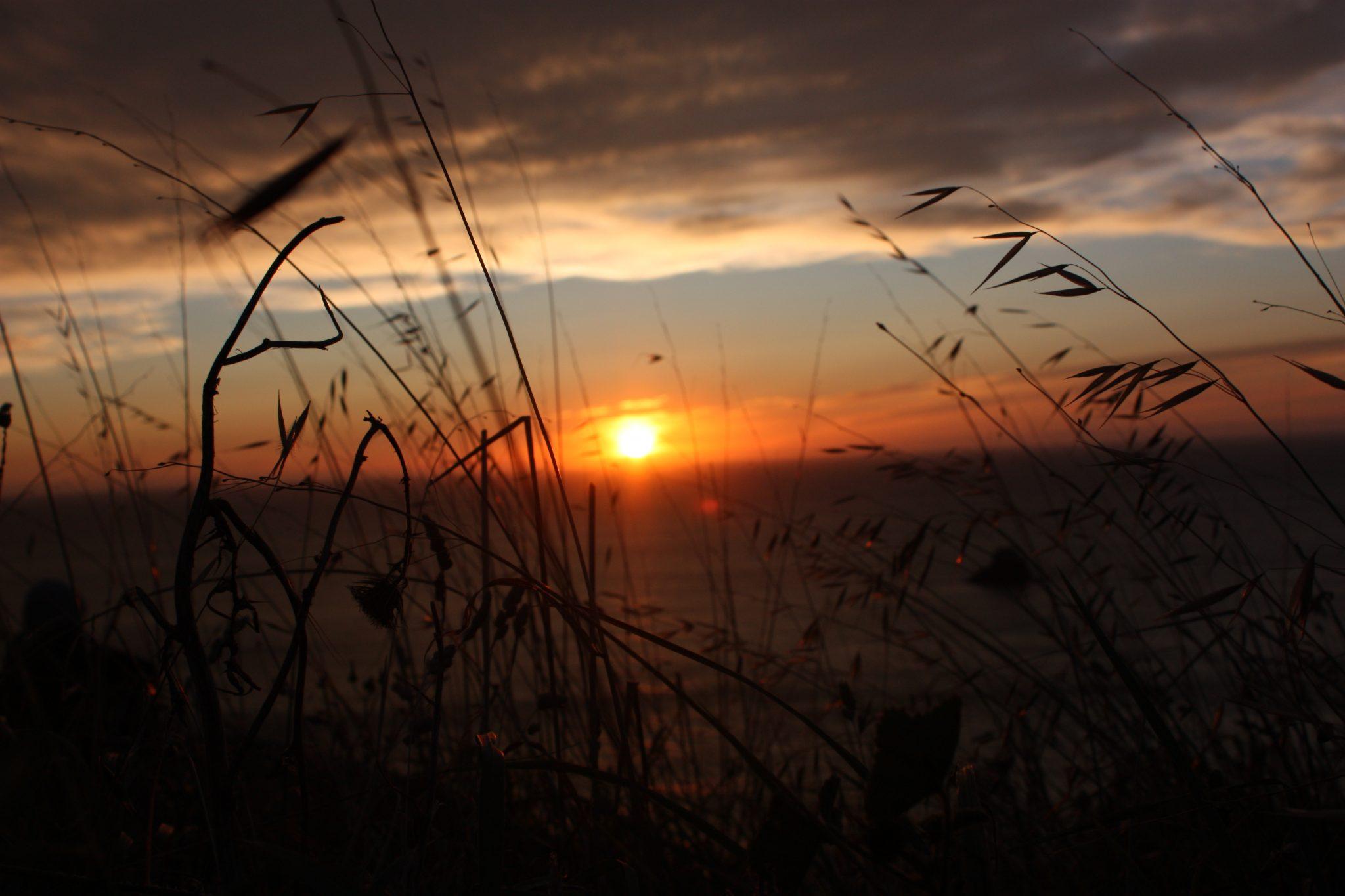 La impresionante puesta de sol en Finisterre